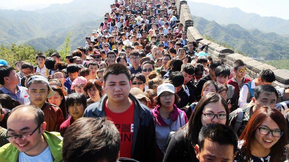 Många väljer att besöka den kinesiska muren under the golden week.
